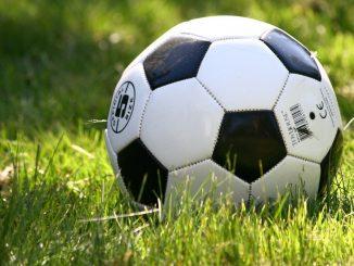 Un meci de fotbal cu rezultat dezamăgitor. FOTO AnnRos