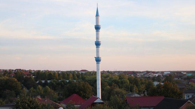 Turnul Geamiei din Valu lui Traian. FOTO Adrian Boioglu / Valureni.ro