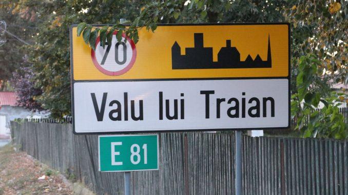 Intrarea în Valu lui Traian. FOTO Adrian Boioglu / Valureni.ro