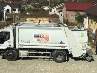 Mașina de colectare a deșeurilor de la Iridex Group. FOTO Adrian Boioglu / Valureni.ro