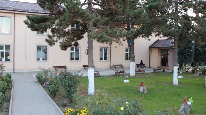 Școala Gimnazială nr. 1 din Valu lui Traian. FOTO Adrian Boioglu / Valureni.ro