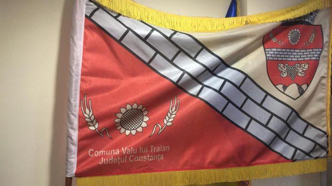 Steagul comunei Valu lui Traian