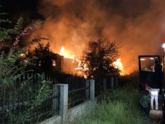 Incendiul a cuprins locuința. FOTO ARHIVĂ - Imagine cu caracter ilustrativ