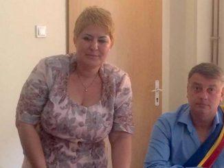 Luminița Iuruc alături de primarul Florin Mitroi. FOTO Facebook