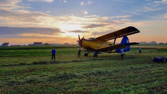 Dezinsecție aeriană la Valu lui Traian. FOTO RAS Tuzla